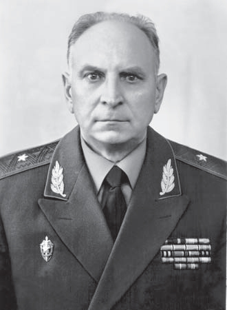 Генерал-майор Марейчев Александр Александрович.Начальник ОО КГБ по СКВО.